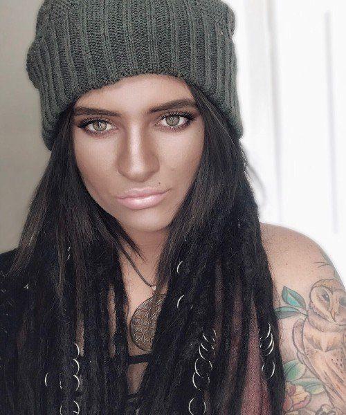 tattoo artist - Jade